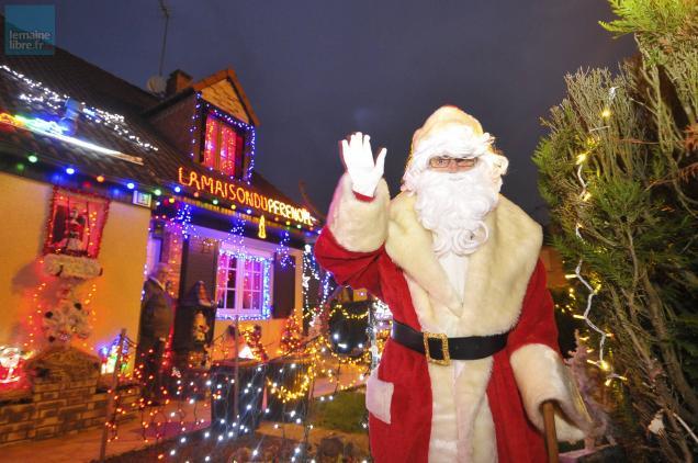 La Maison Du Pere Noel.Insolite La Maison Du Père Noël Est En Sarthe Et Elle Se