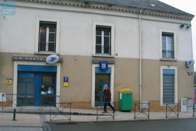 Yvré l Évêque le bureau de poste menacé de fermeture le maine libre