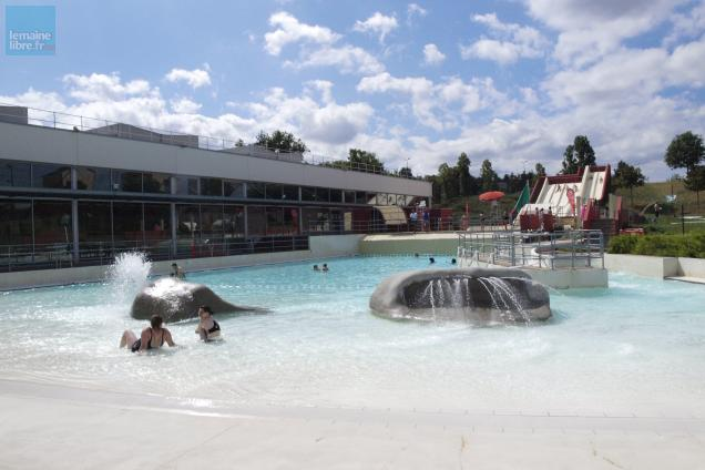la piscine des atlantides propose plsueiurs activits extrieures