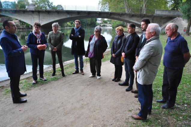 A La Flèche, un hommage a été rendu à l'initiative du futur candidat de la droite aux municipales 2020.