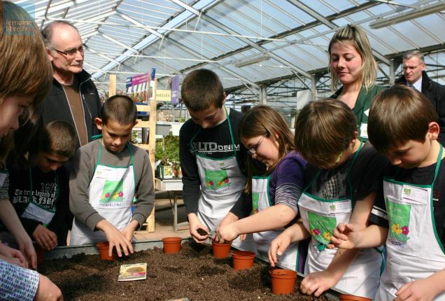 Les ateliers ont été mis en place par Mathilde Levillain, une étudiante qui effectue un BTS en alternance à la jardinerie.