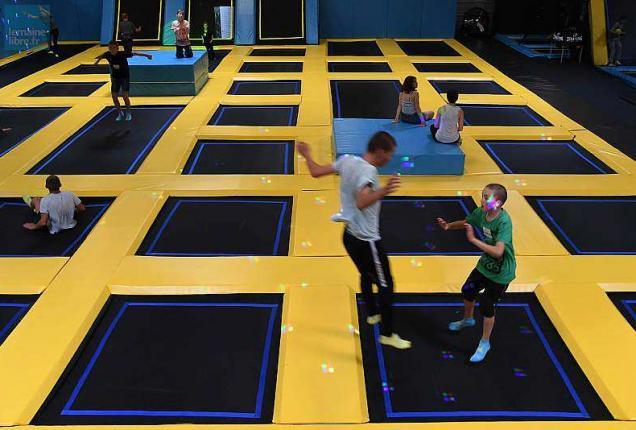 le mans un trampoline park va ouvrir cet hiver dans la. Black Bedroom Furniture Sets. Home Design Ideas